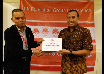 DOSEN MESIN RAIH THE BEST PRESENTER AWARD DALAM THE 4TH ICPRC DI PHUKET THAILAND